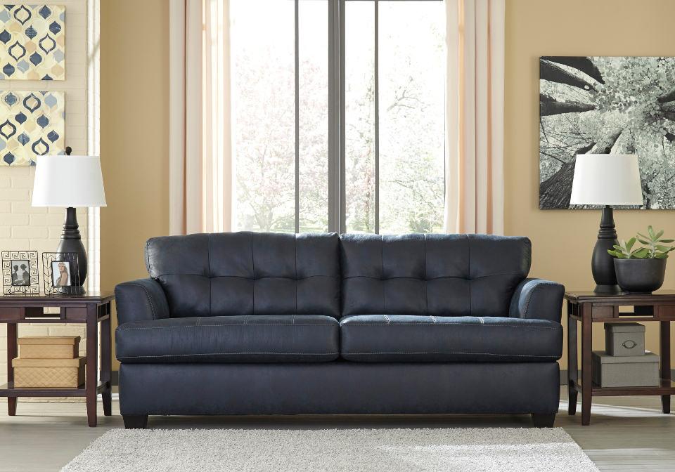 Inmon Navy Sofa Set