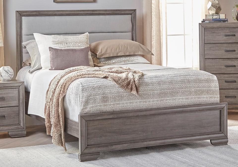 Ladonia Queen Bed