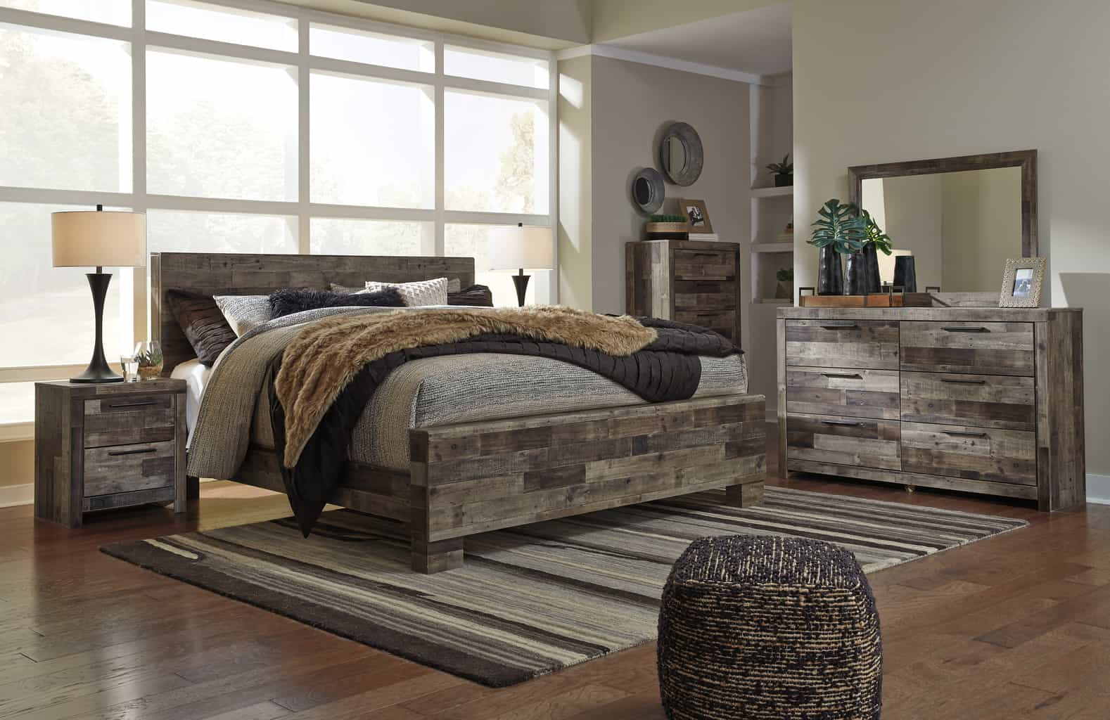 Derekson multi gray king panel bedroom set cincinnati - Bedroom furniture set online shopping ...