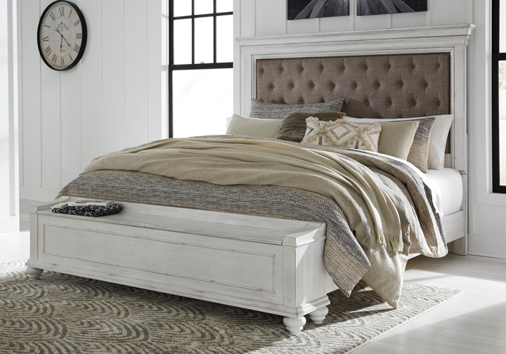 Kanwyn Whitewash Upholstered King Panel Storage Bed